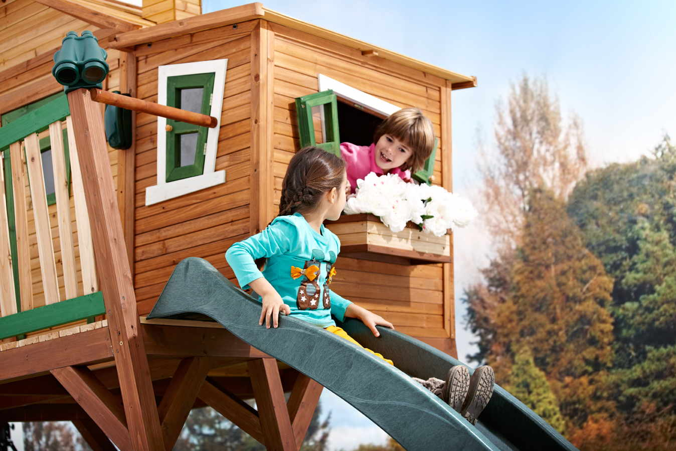 Spielhaus Für Den Garten Aus Holz Aus Kunststoff Auf Stelzen Und