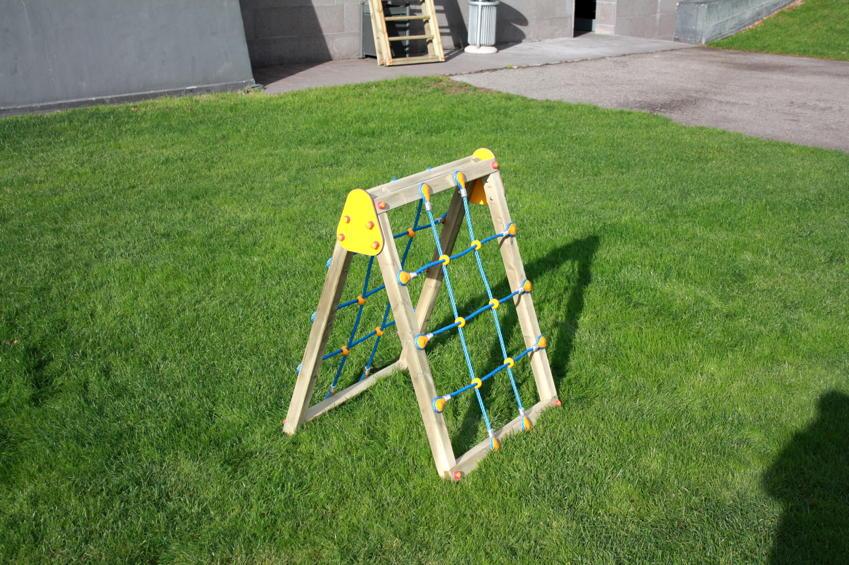Klettergerüst Garten Kunststoff : Klettergerüst din en «netz kletterwand seitig holz