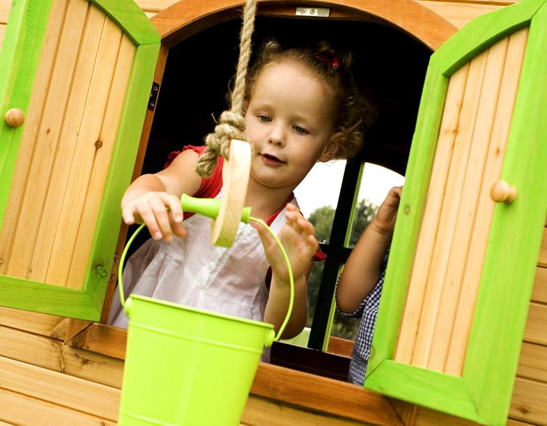 Kinderspielhaus Holz Stelzen ~ Kinder Spielhaus Axi Sarah Kinderspielhaus Holz Stelzen Rutsche